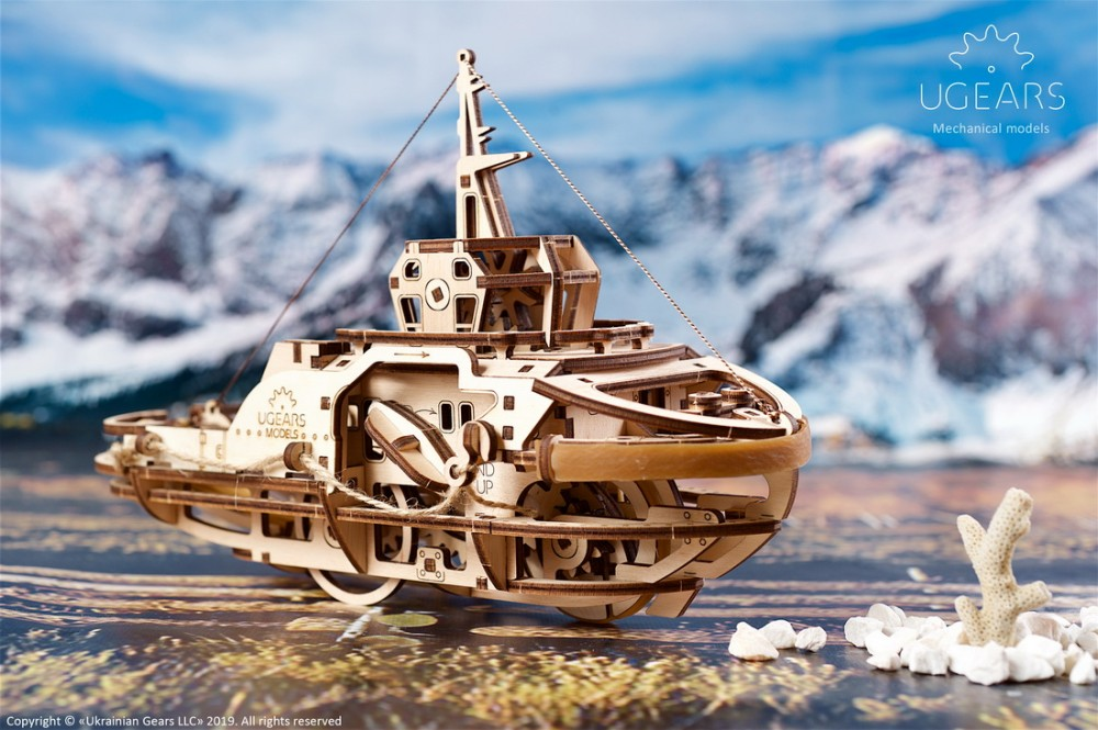 Tugboat by Ugears 1