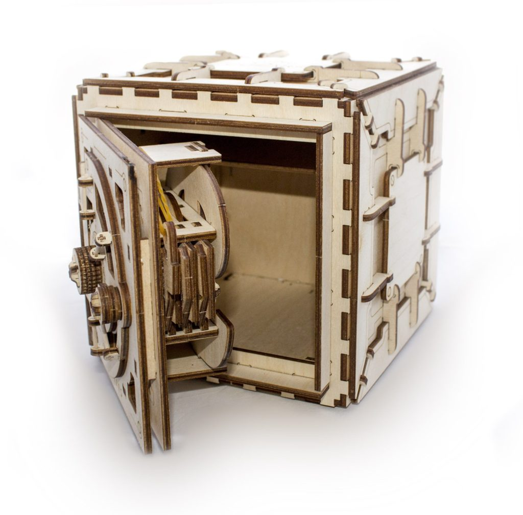 ugears safe open