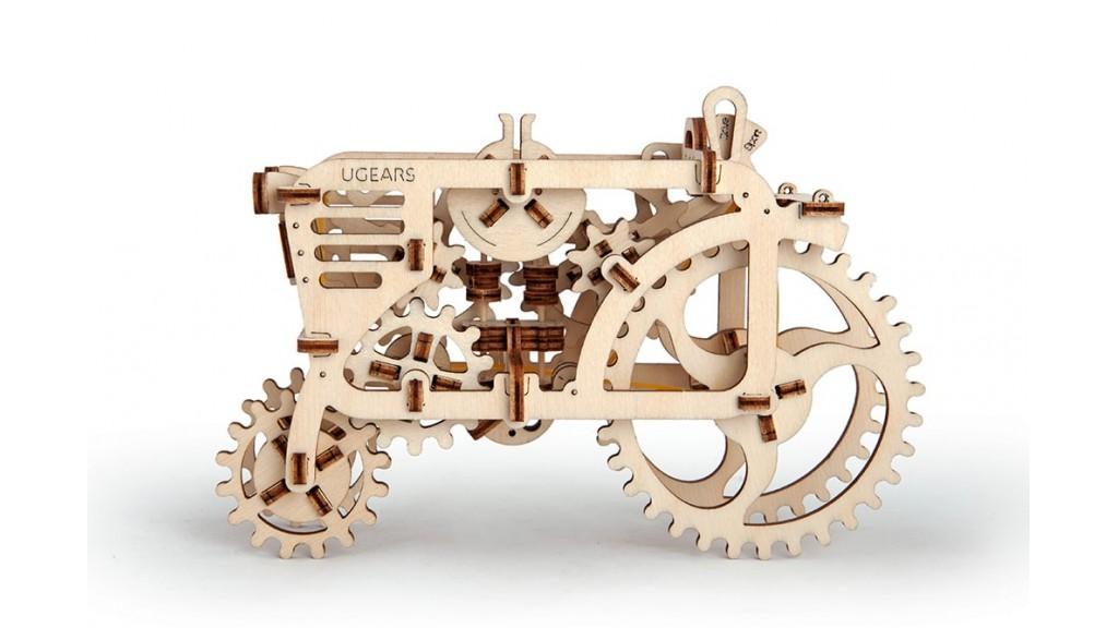 ugears tractor model