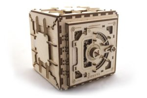Ugears safe mechanical model