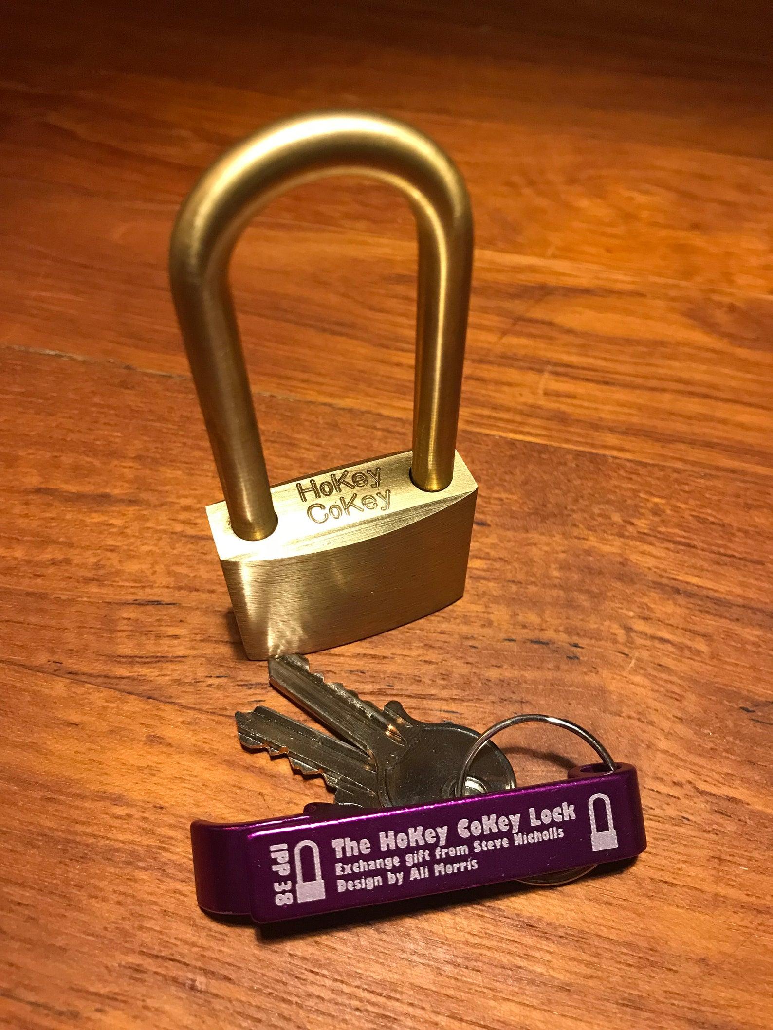 HoKey CoKey Trick Lock by Two Brass Monkeys how to open