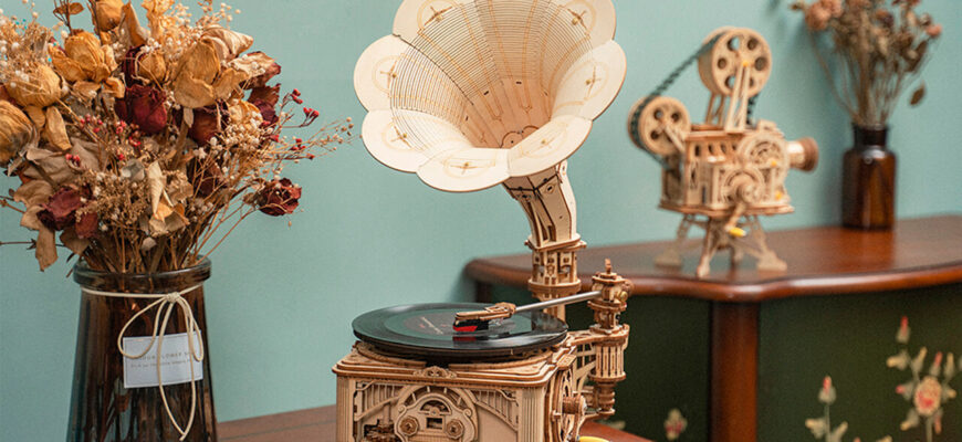 ROKR Gramophone Wooden 3D Puzzle
